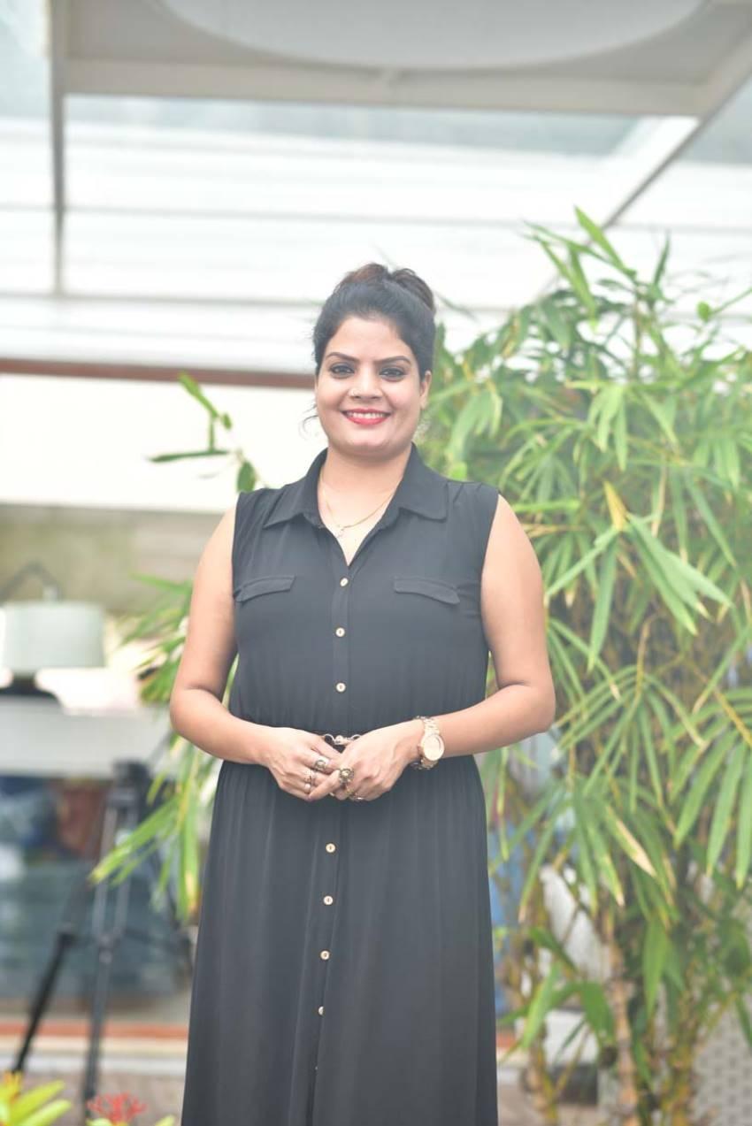 Subi Suresh Photos