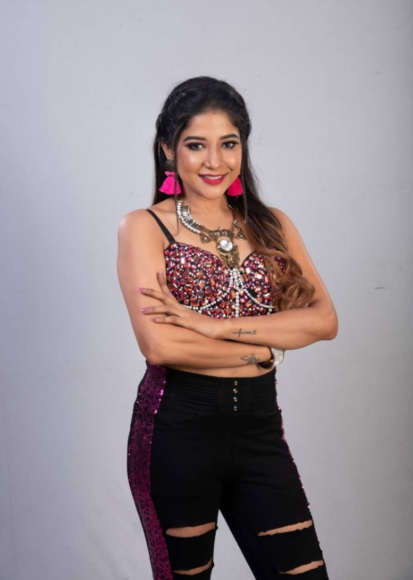 Tamil Bigg Boss Season 3 Photos