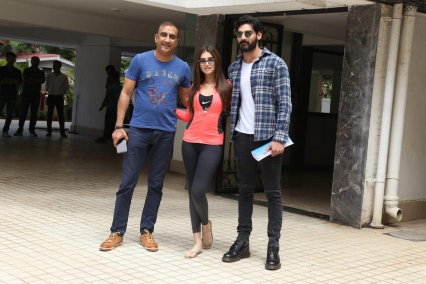 Tara Sutaria, Ahan Shetty & Milan Luthria Snapped in Bandra Photos