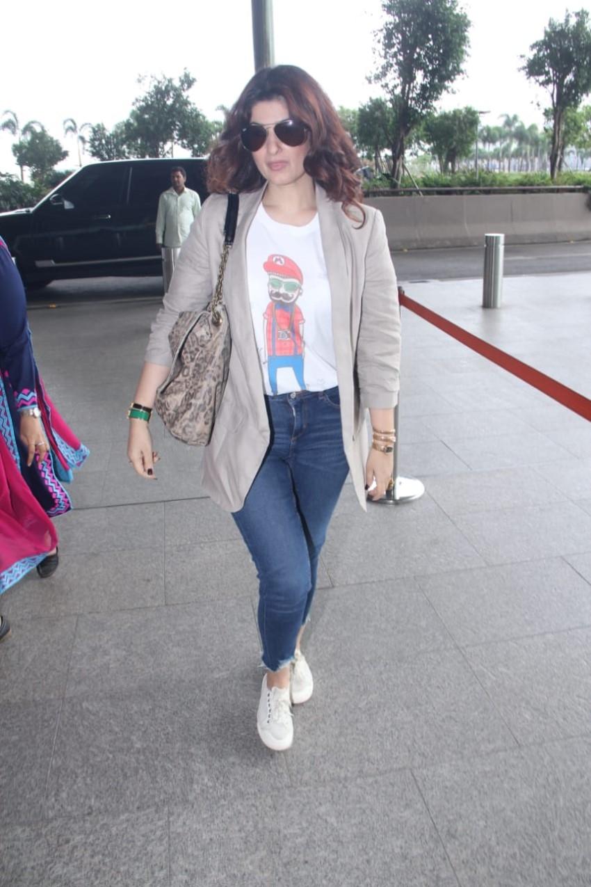 Twinkle Khanna Photos