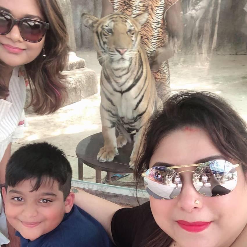 Actress Rakshita Family Photos
