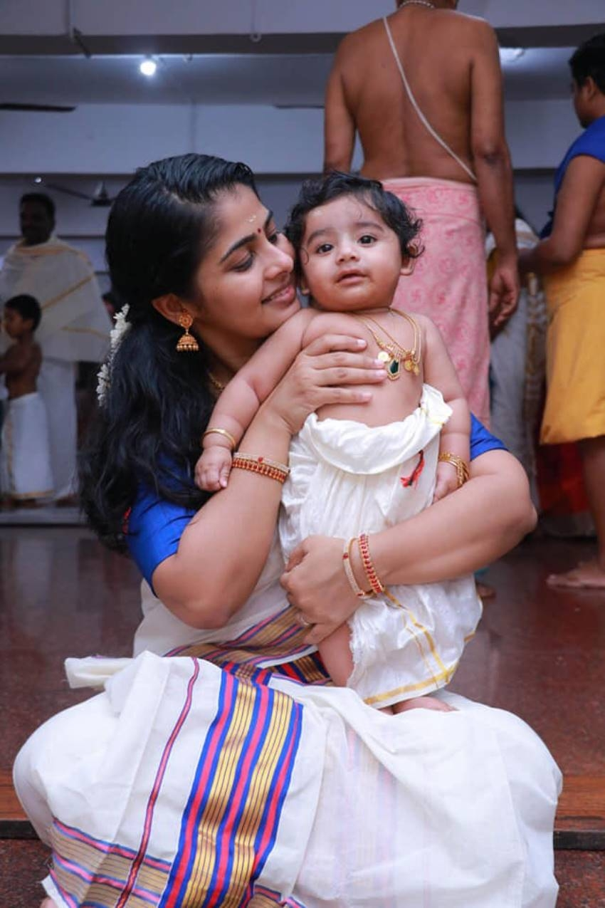 Actress swathy narayan's baby vihaan's chooroonu Photos