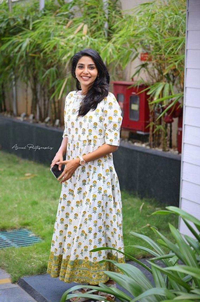 Aishwarya Lekshmi Photos
