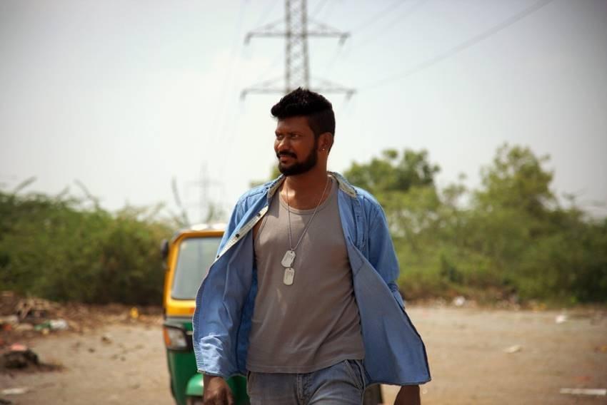 Bigg Boss Telugu Season 3 Contestant Mahesh Vitta Unseen Photos