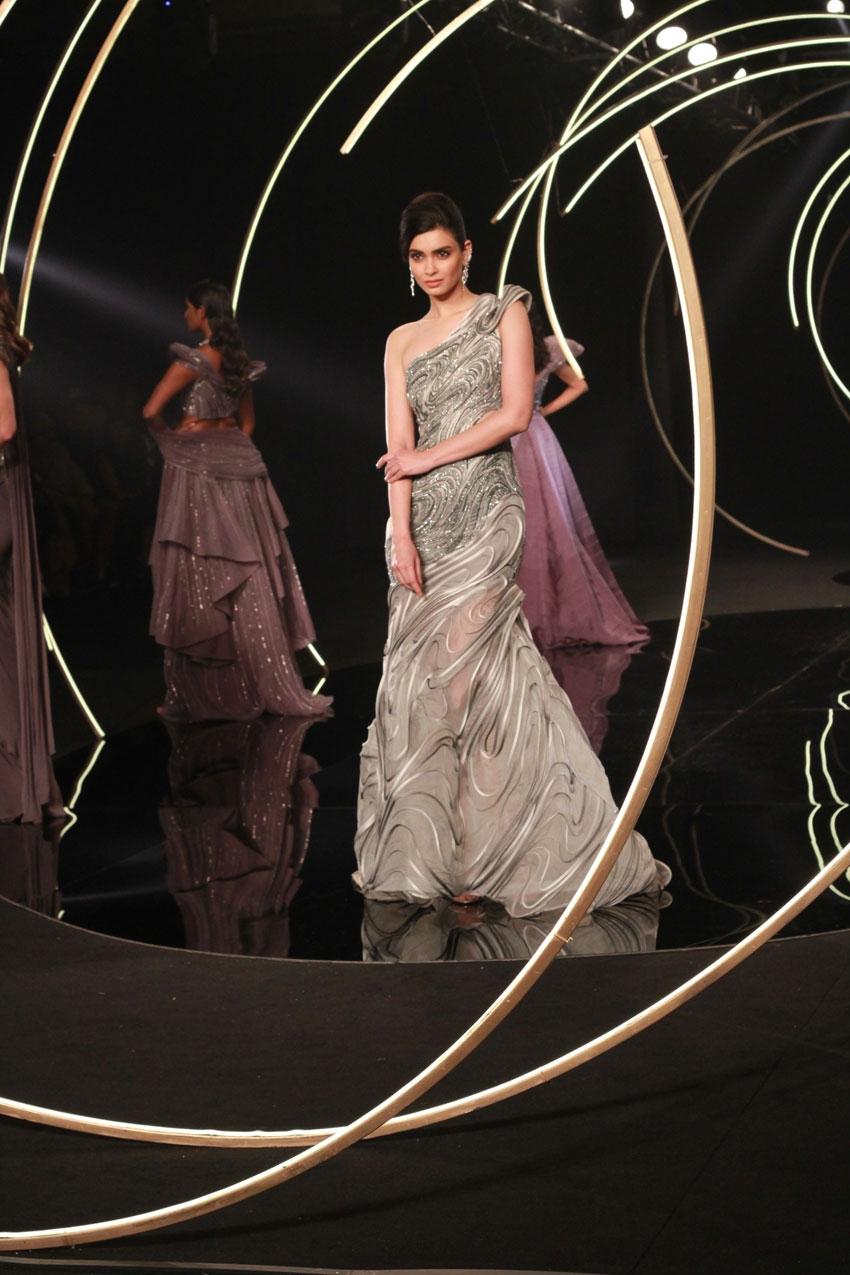 Diana Penty walks the ramp for Gaurav Gupta at India Couture Week 2019 Photos