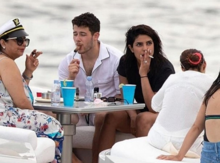Indian Actress Caught Smoking On & Off Screen Photos