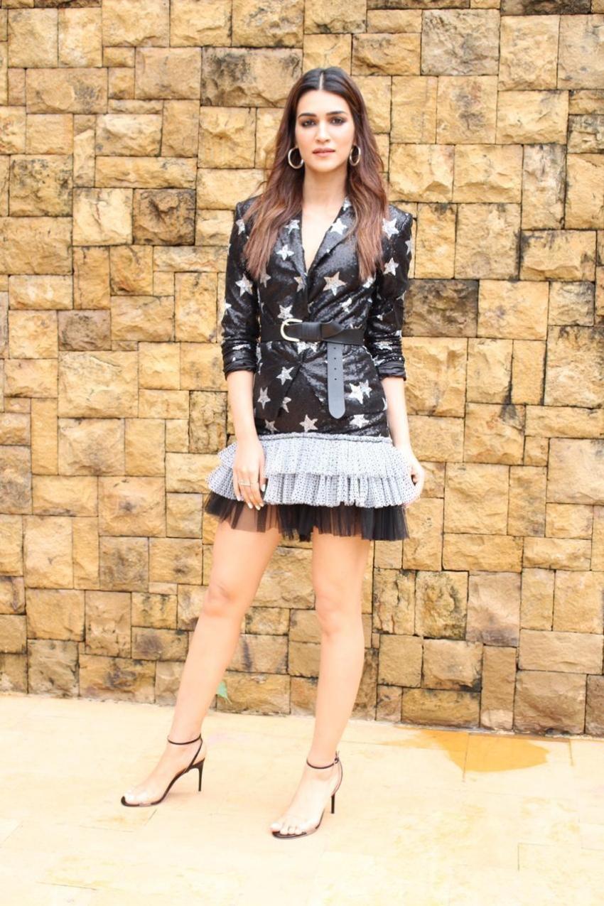 Kriti Sanon Photos