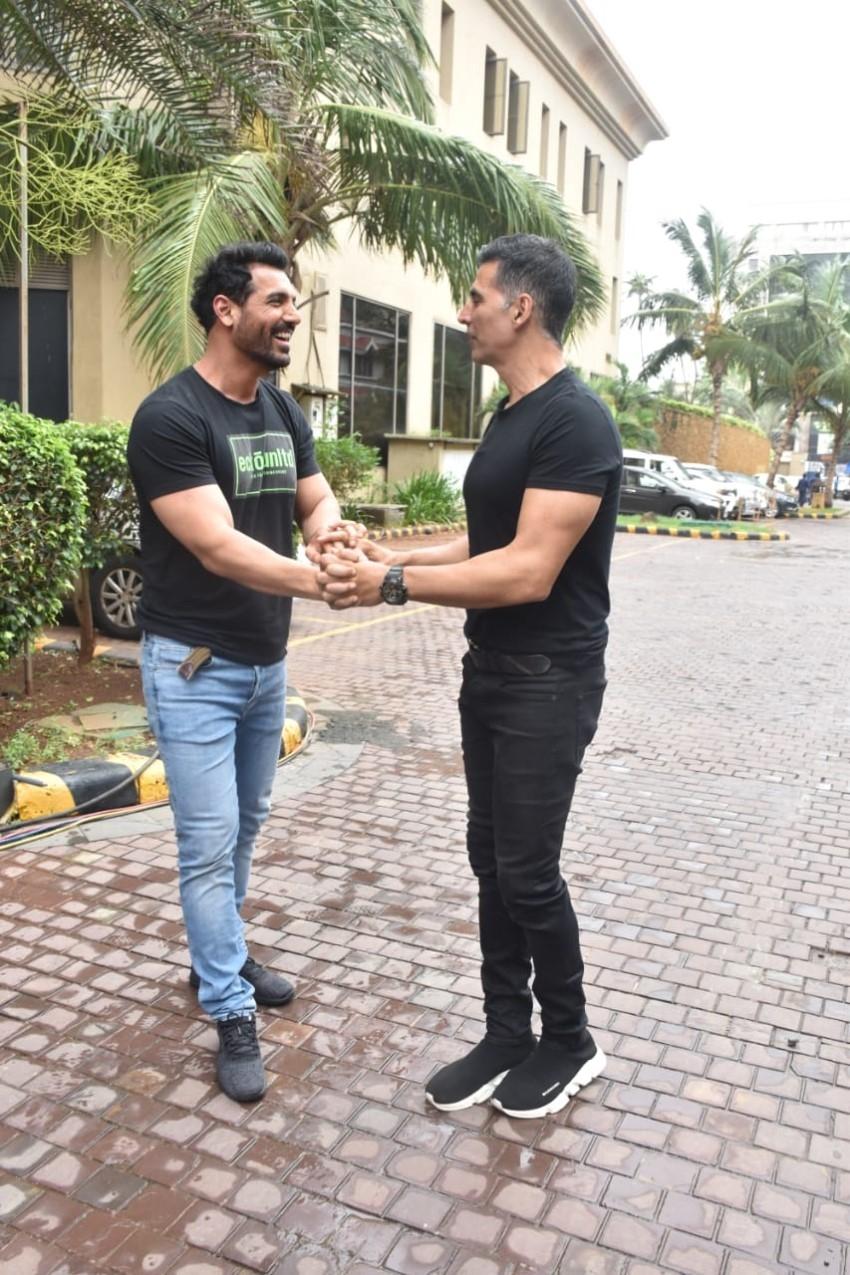 Akshay Kumar, John Abraham and others spotted promoting their respective films Photos