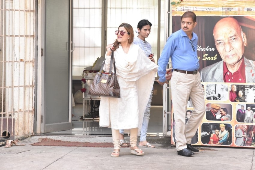 Celebs Pay Last Respect To Music Composer Khayyam Photos