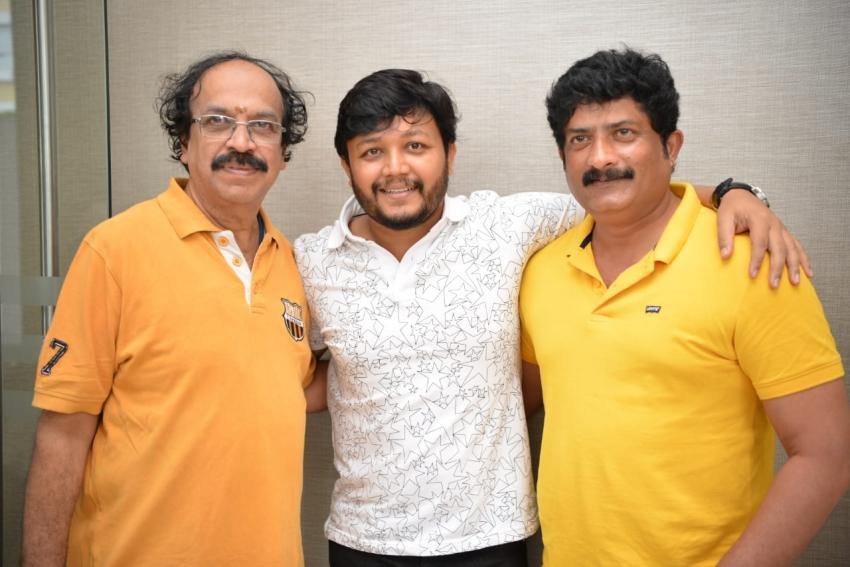 Ganesh Movie Gimmick Press Meet Photos