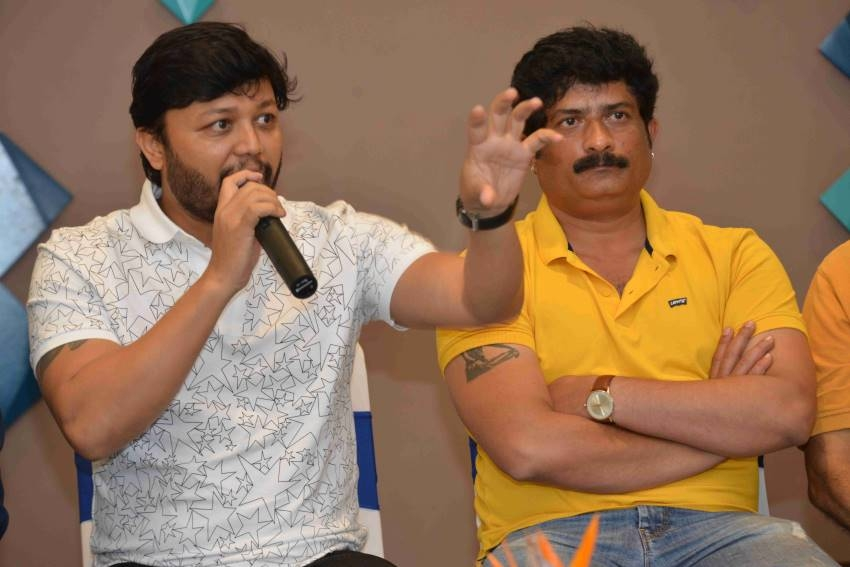 Gimmick Movie Press Meet Photos