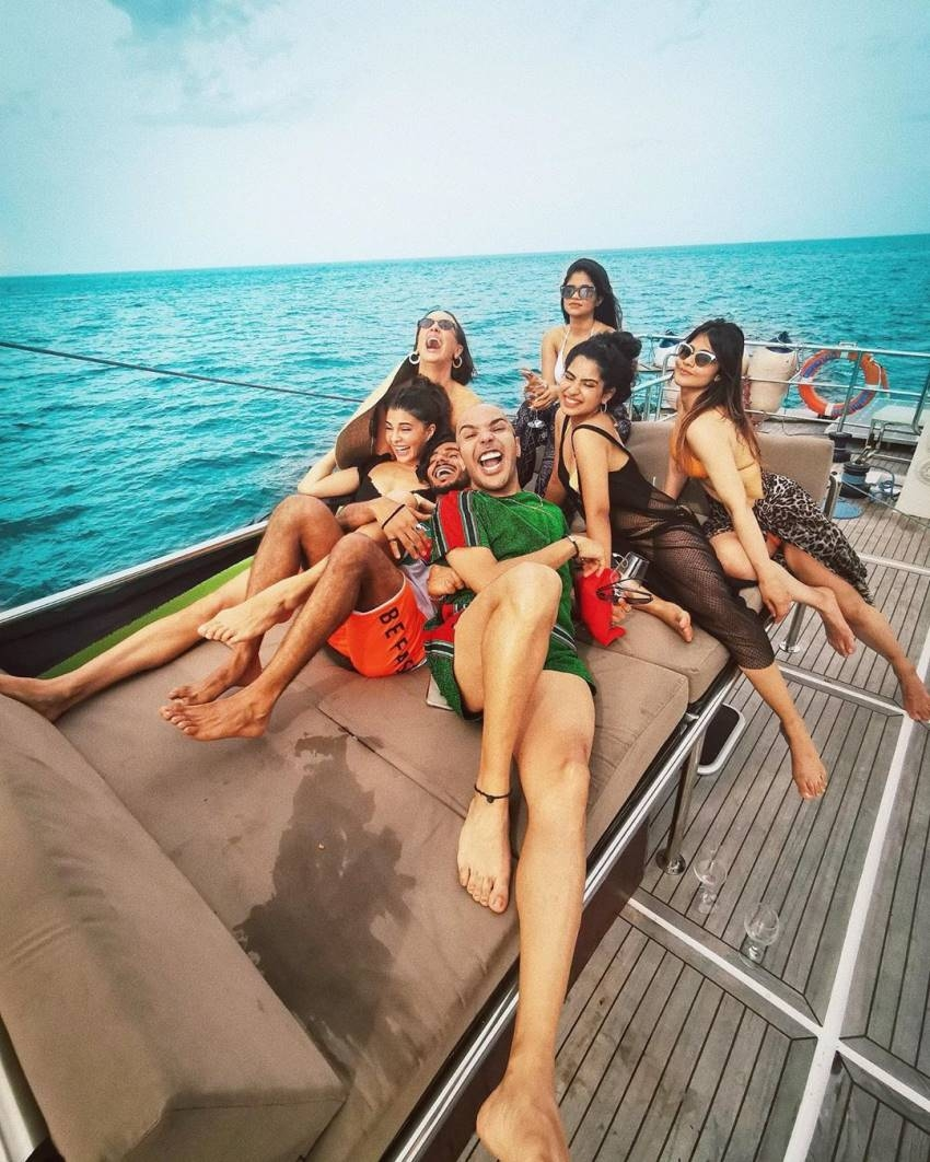 Jacqueline Fernandez Vacation Photos