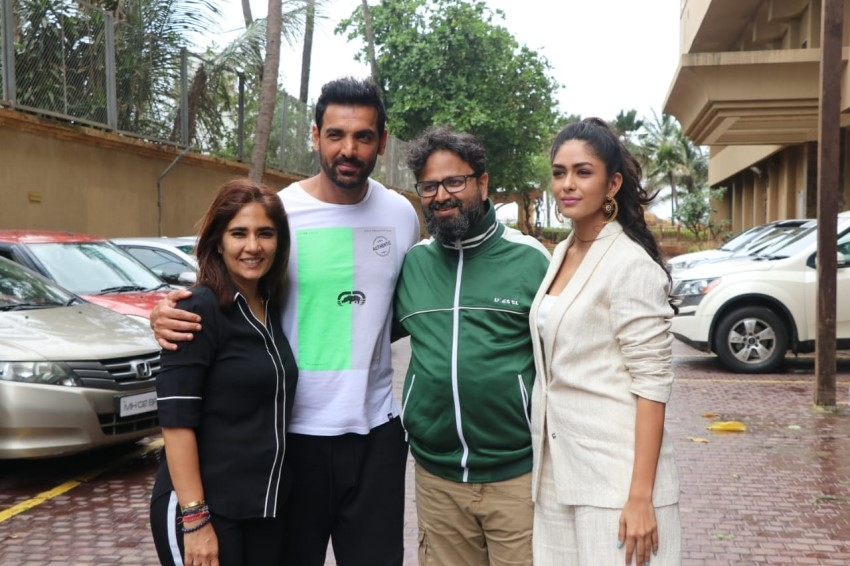 John Abraham, Mrunal Thakur & Nikhil Advani snapped promoting their film 'Batla House' at JW Marriott Photos
