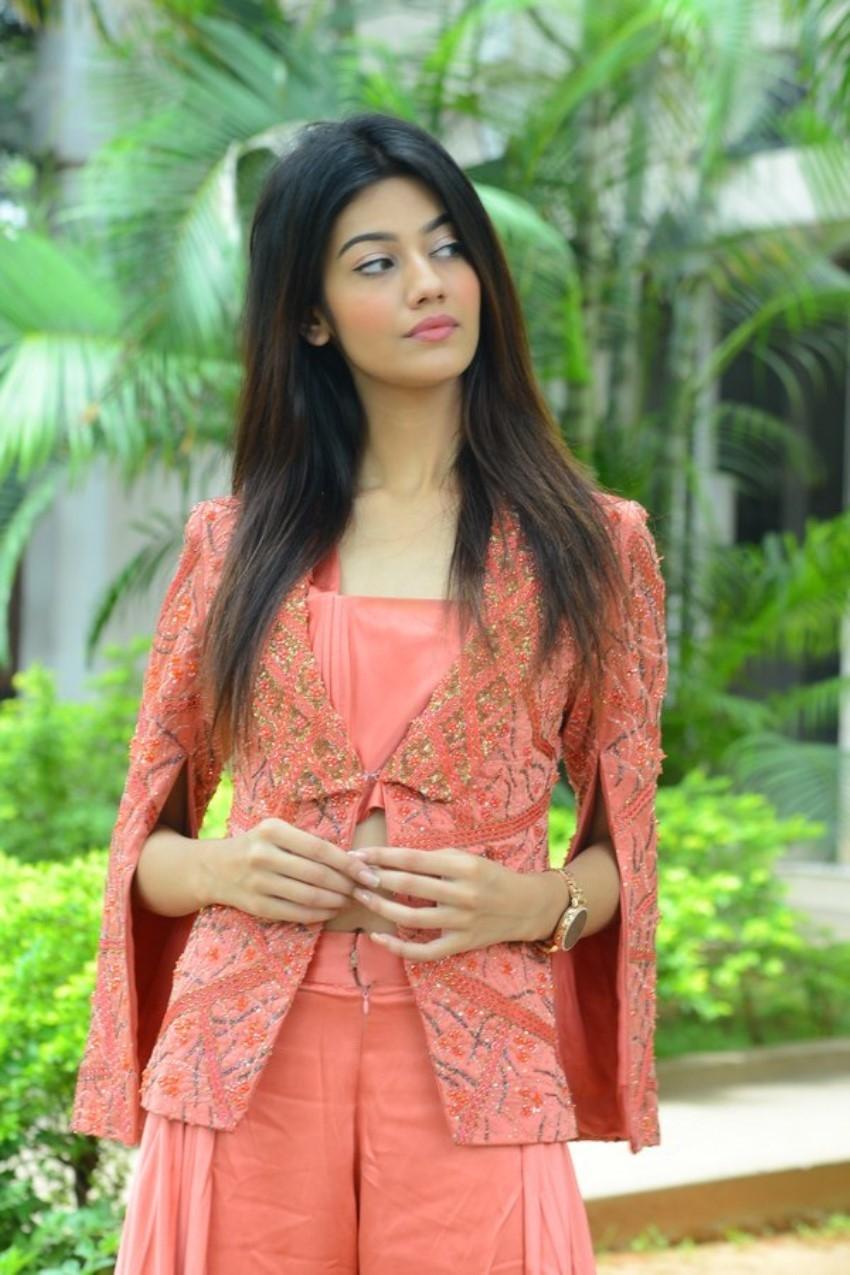Pooja Solanki Photos