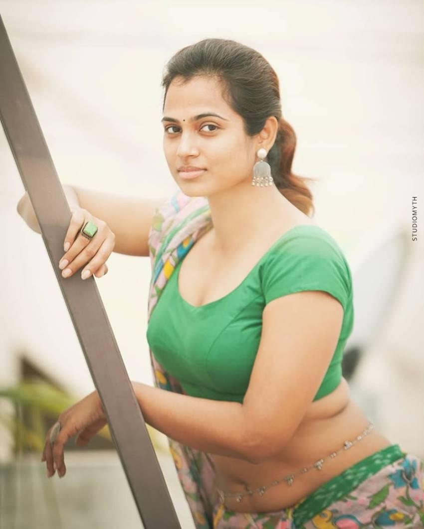 Ramya Pandiyan Unseen Photos