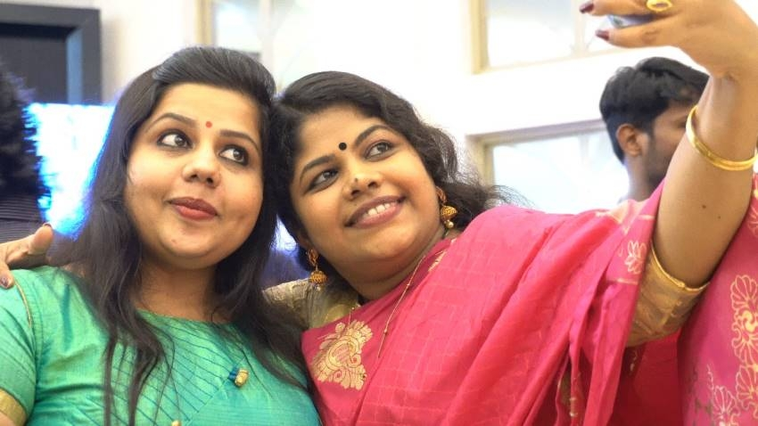 Senthil Krishna Wedding Reception Photos