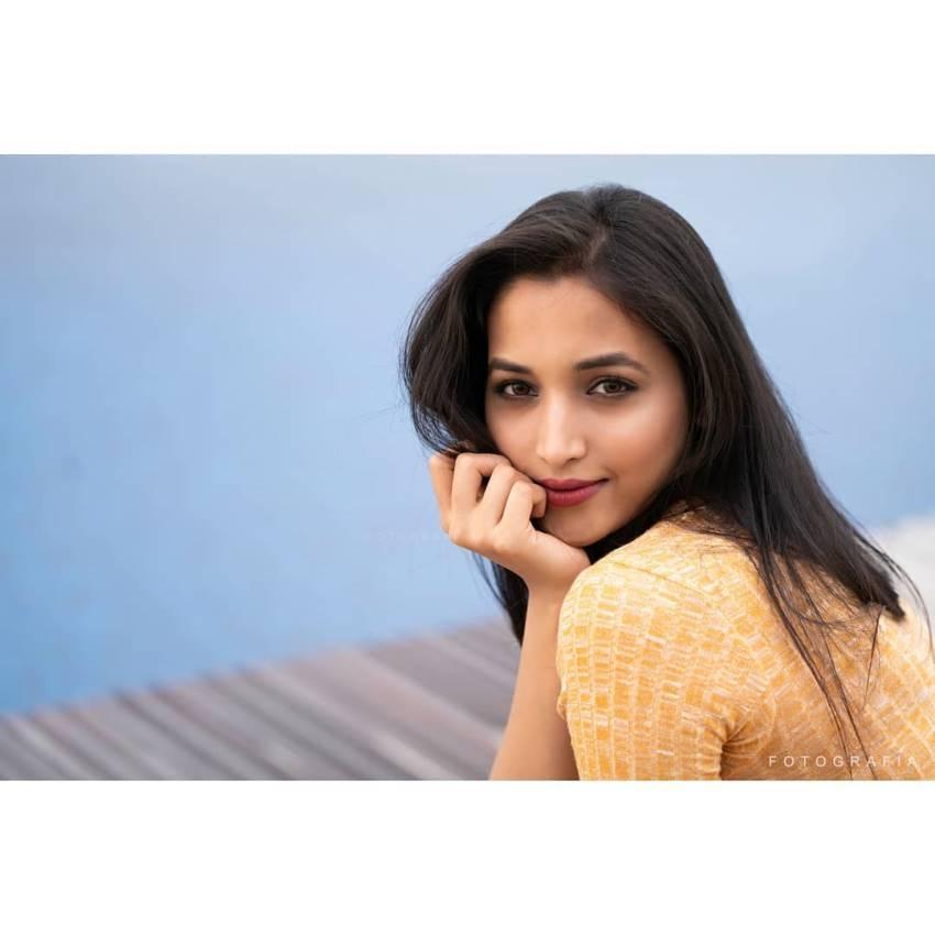Srinidhi Shetty Photos