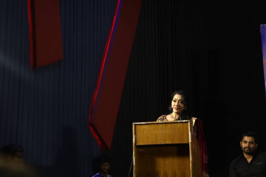 100% Kaadhal Movie Press Meet Photos