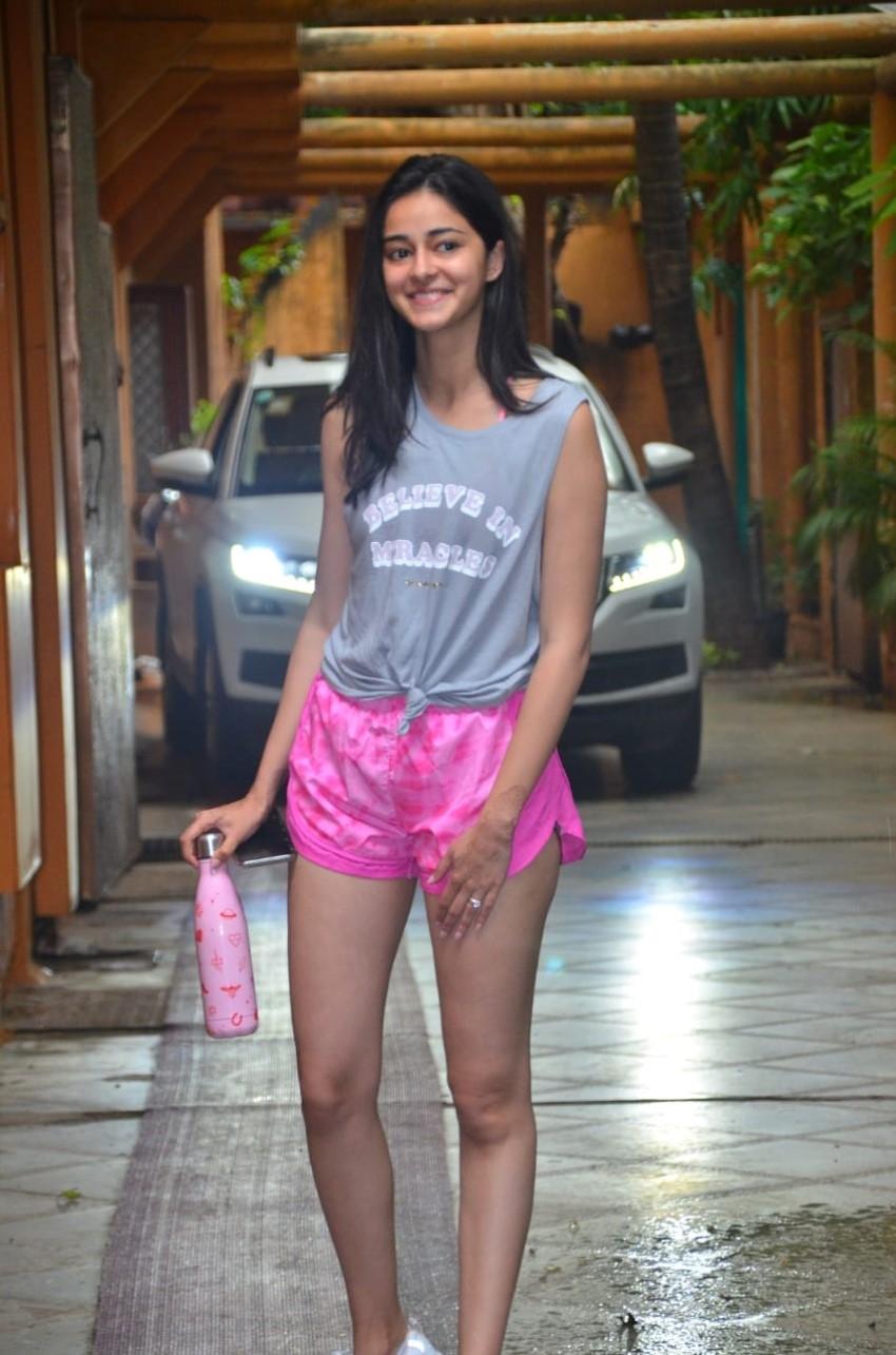Ananya Pandey Photos