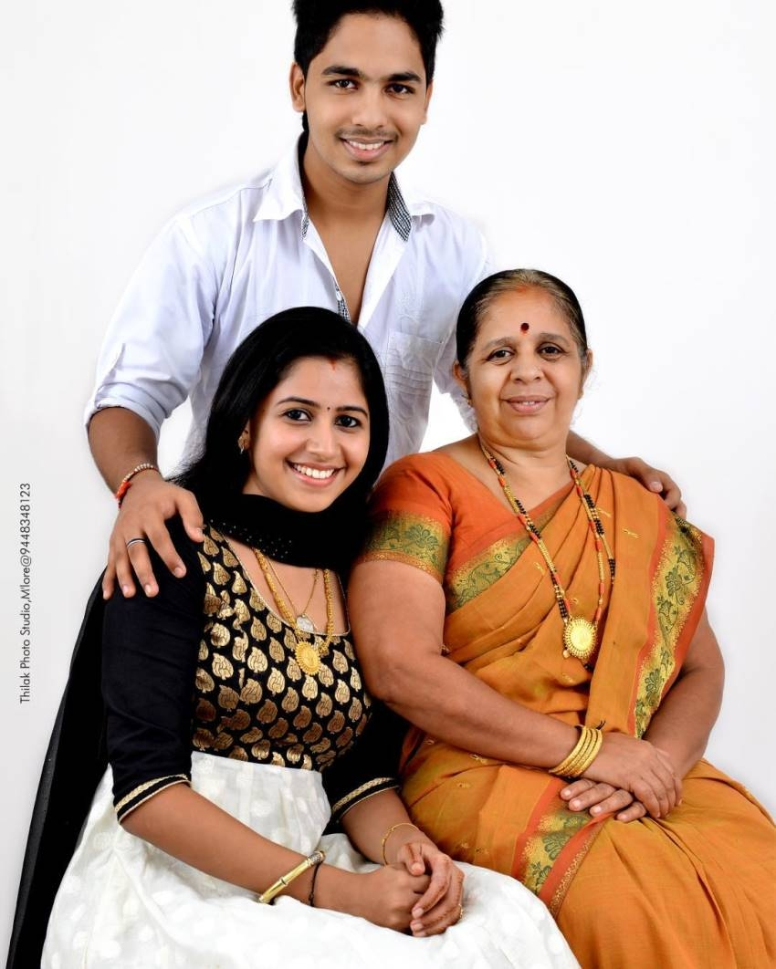 Anushree Family And Unseen Photos