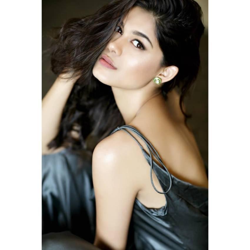 Asha bhat Photos