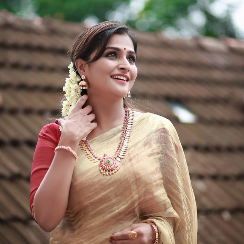 Celebs Celebrate onam 2019 Photos