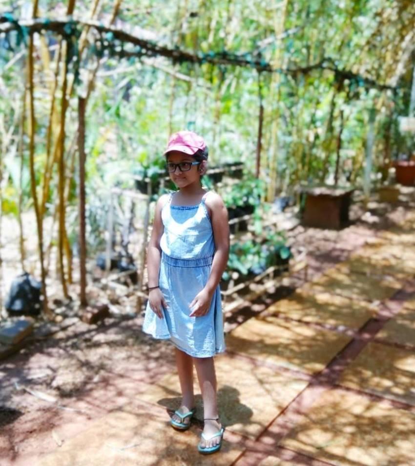 Child Artist Sharvari Unseen Photos