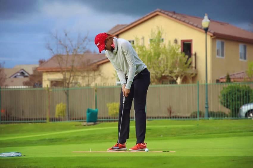 Glamorous Golf Player Sharmila Nicollet Photos