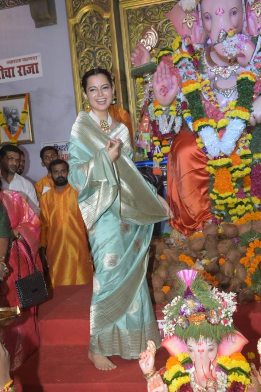 John Abraham, Kajal Aggarwal & Others At Ganapti Pooja Photos