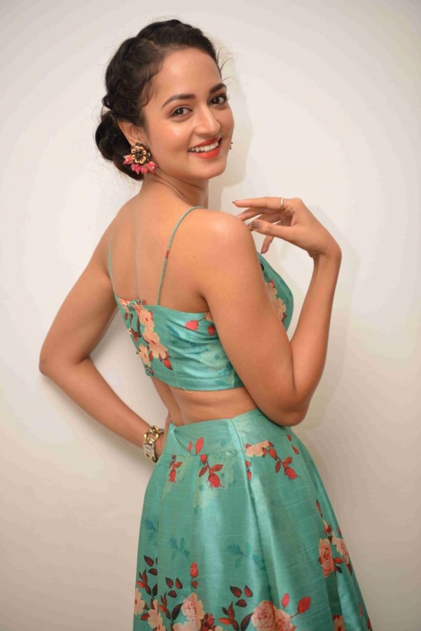 Shanvi Srivastava Photos