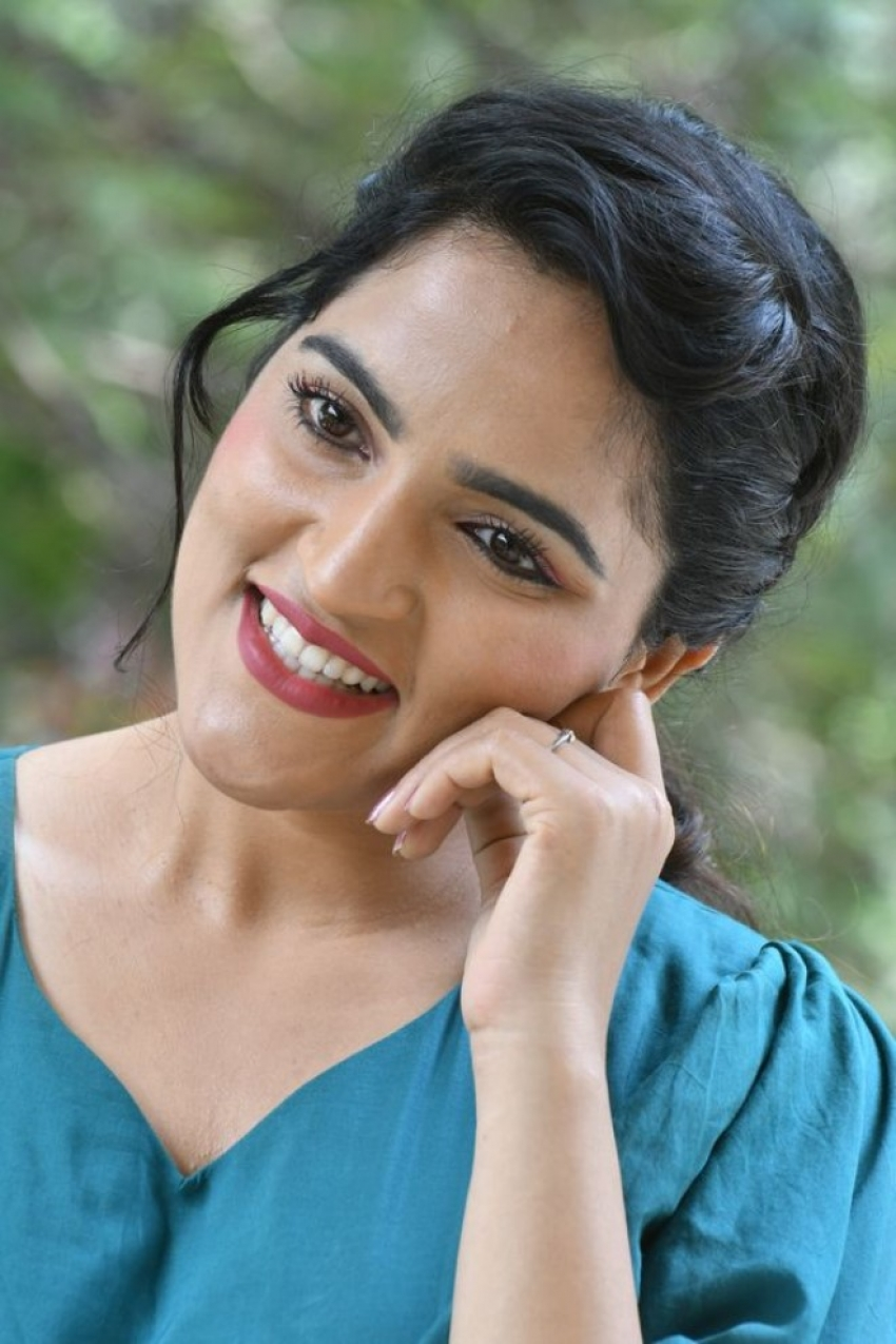 Sukrutha Wagle Photos