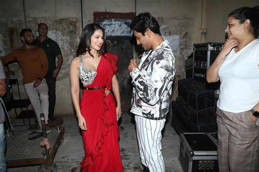 Sunny Leone & Nawazuddin Siddiqui Snapped Together In Mumbai Photos
