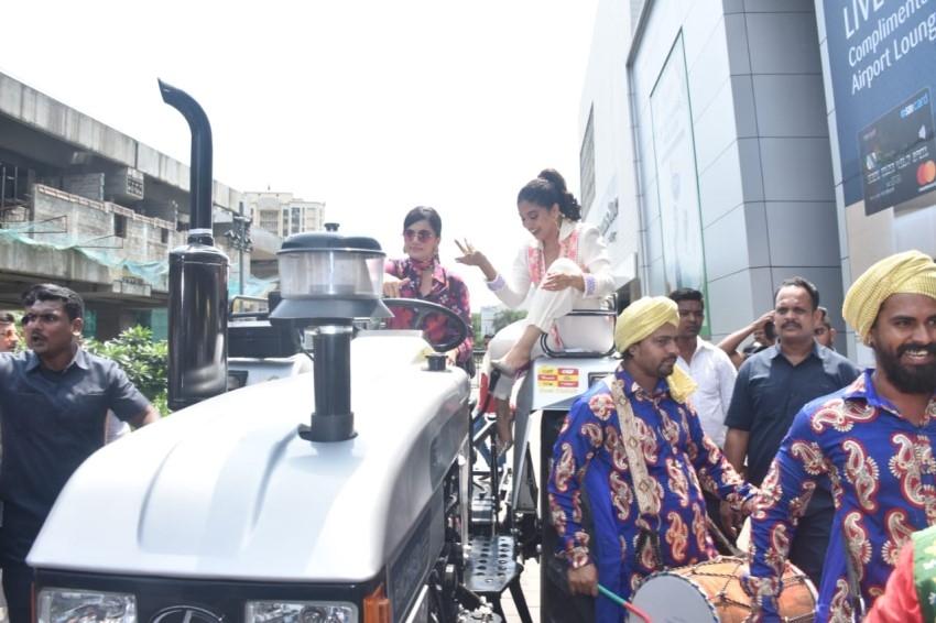 Taapsee Pannu & Bhumi Pednekar At The Trailer Launch Of Saand Ki Aankh Photos