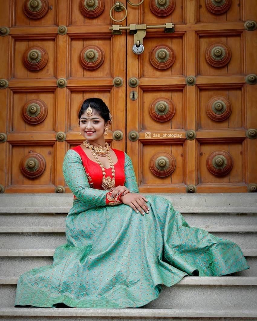 Bhoomi Shetty(kinnari Mani) Photos