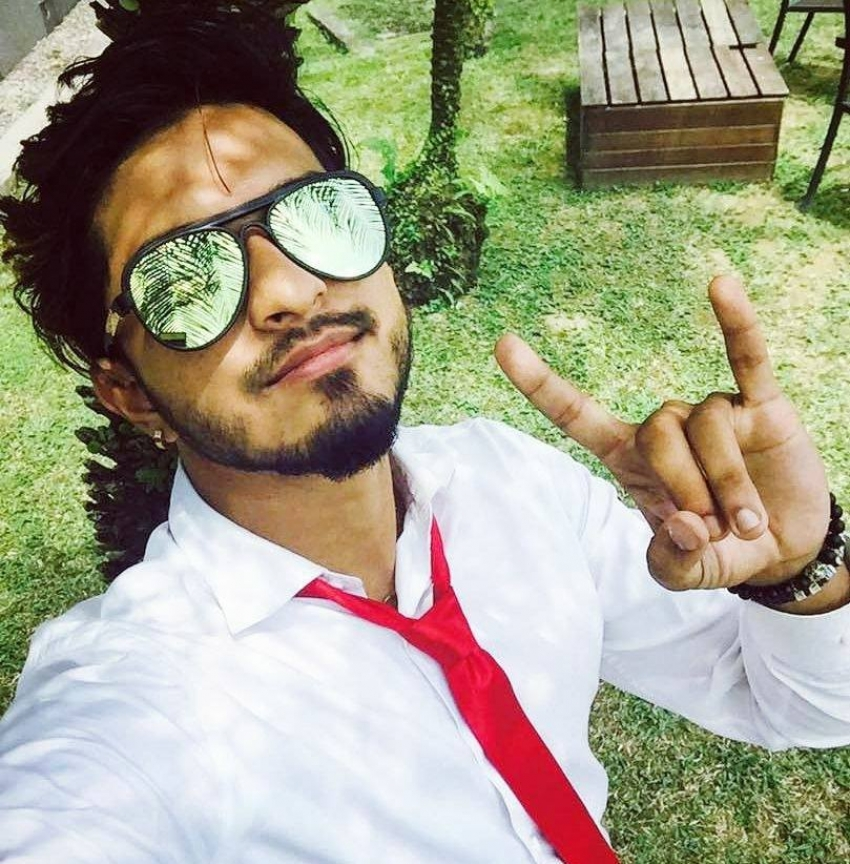 Bigg Boss Tamil 3 winner Mugen Rao Unseen Photos