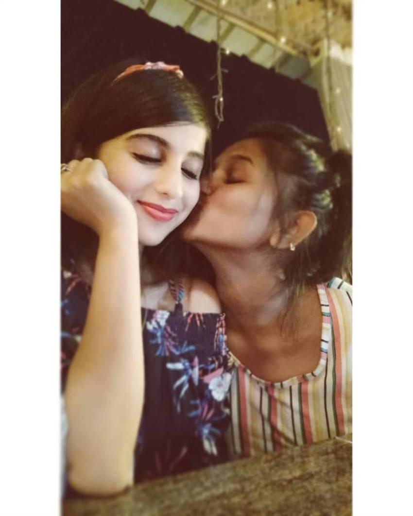 Chandan Shetty And Niveditha Gowda Romantic Photos