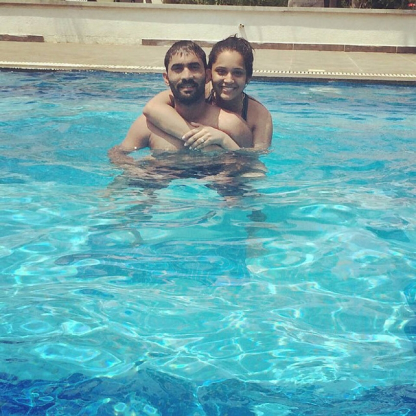 Dinesh Karthik Wife is Diva In Real Life Photos