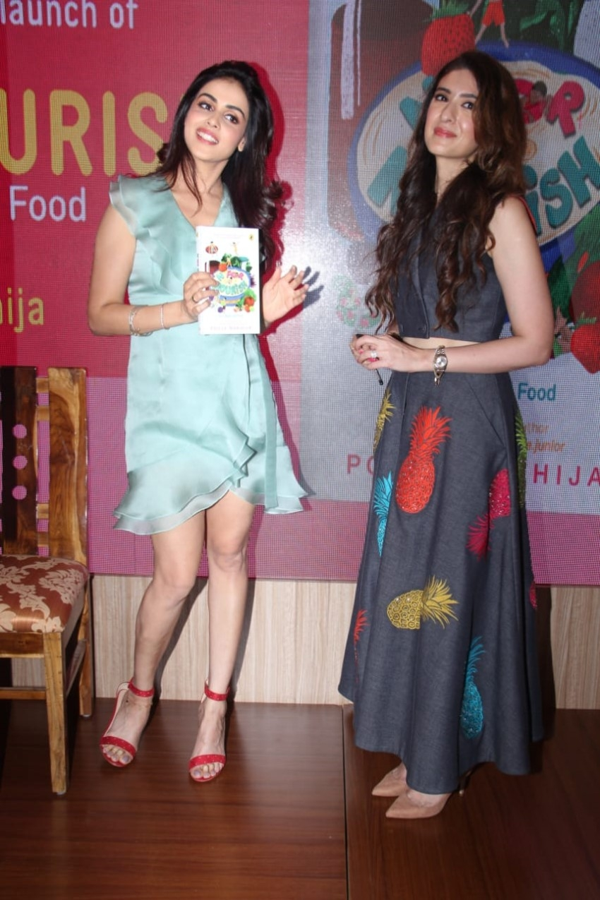 Genelia D'Souza at the launch of the book Wave N For Nourish Photos