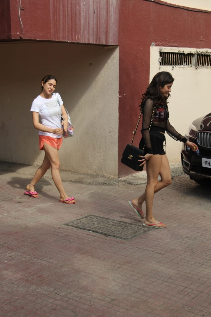 Janhvi Kapoor & Sara Ali Khan spotted at the Pilates Gym, Mumbai Photos