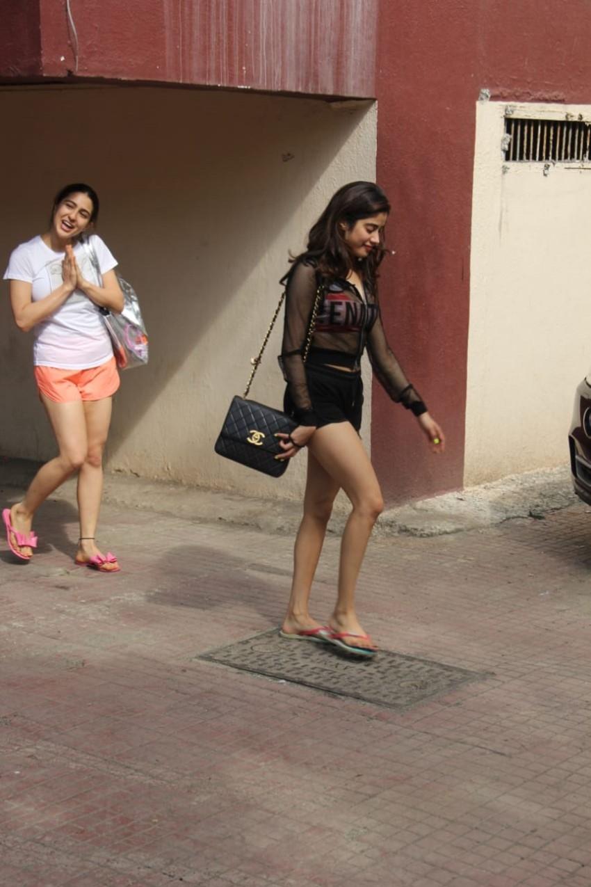 Janhvi Kapoor & Sara Ali Khan spotted at the Pilates Gym, Mumbai Photos