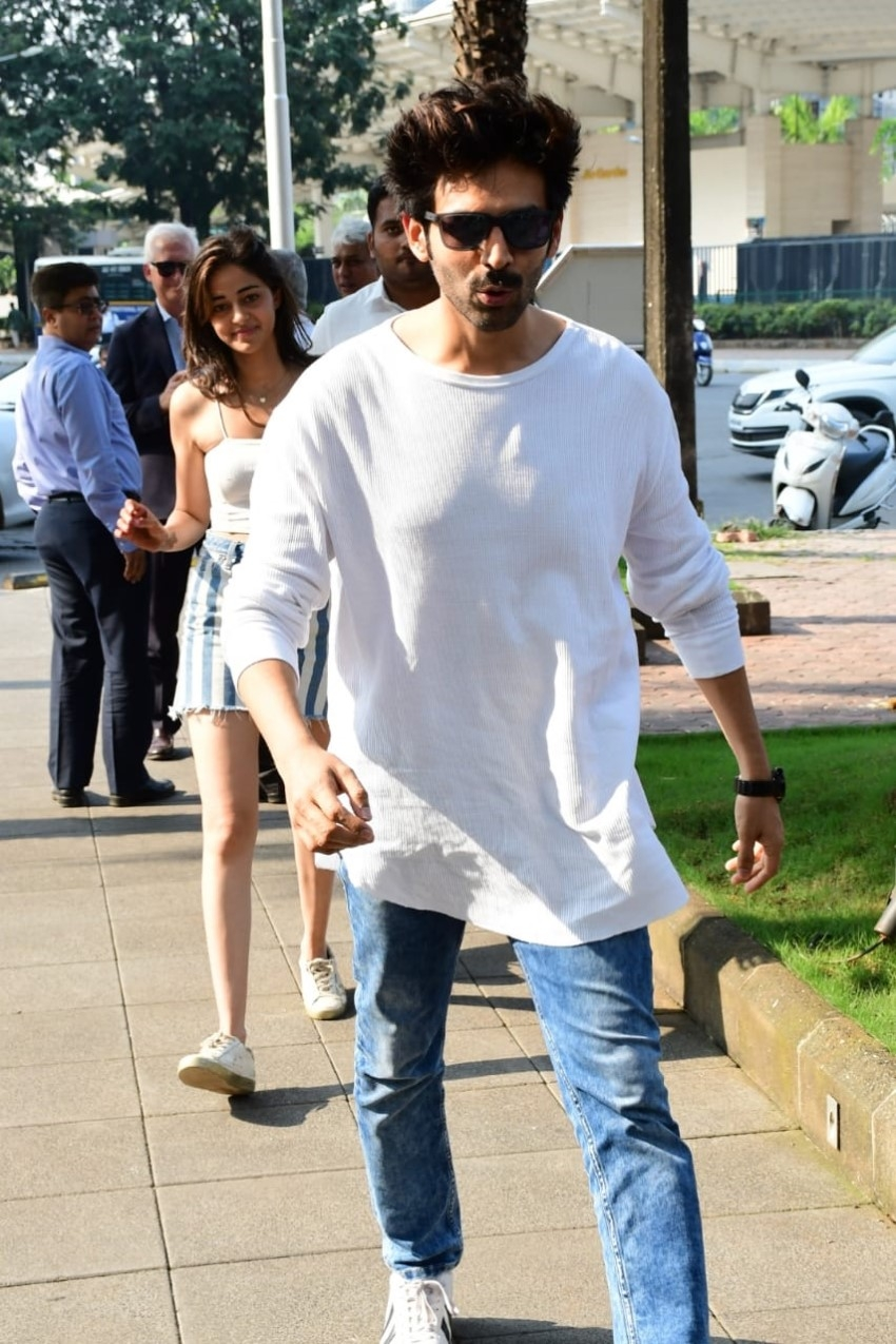 Kartik Aaryan & Ananya Panday spotted at Yauatcha in Mumbai Photos