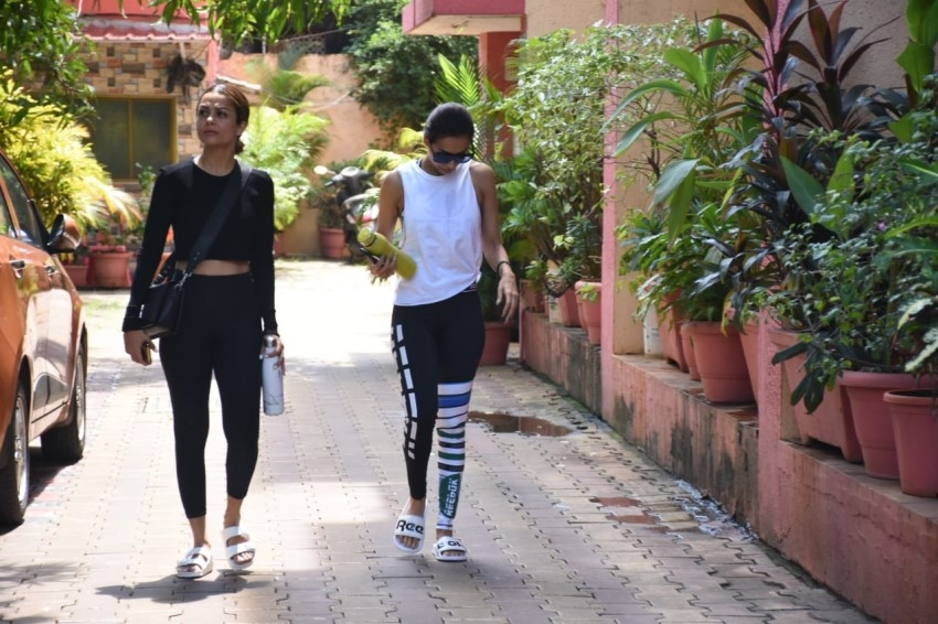 Malaika Arora & Amrita Arora Spotted at Diva Yoga Studio in Mumbai Photos