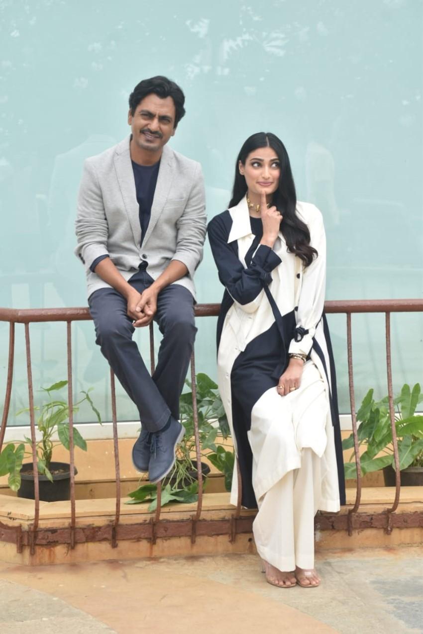 Nawazuddin Siddiqui & Athiya Shetty snapped promoting the film 'Motichoor Chaknachoor' Photos