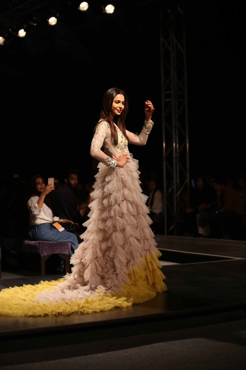 Rakul Preet Singh Walks The Ramp At Lotus Fashion Week 2019 Photos