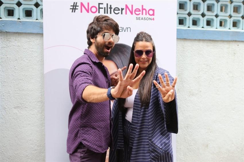Shahid Kapoor & Neha Dhupia on sets of #NoFilterNeha Show Season 4 Photos