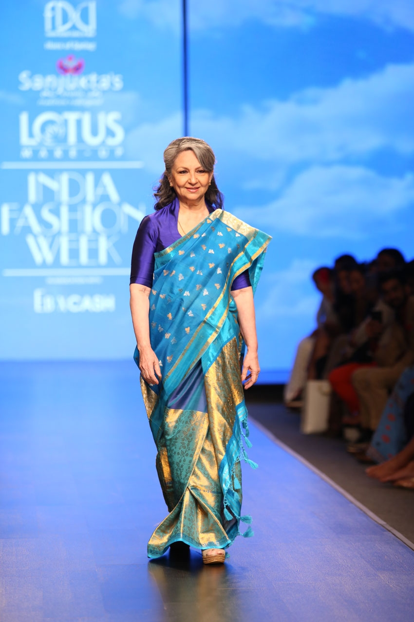 Sharmila Tagore Walks The Ramp At Lotus Fashion Week 2019 Photos