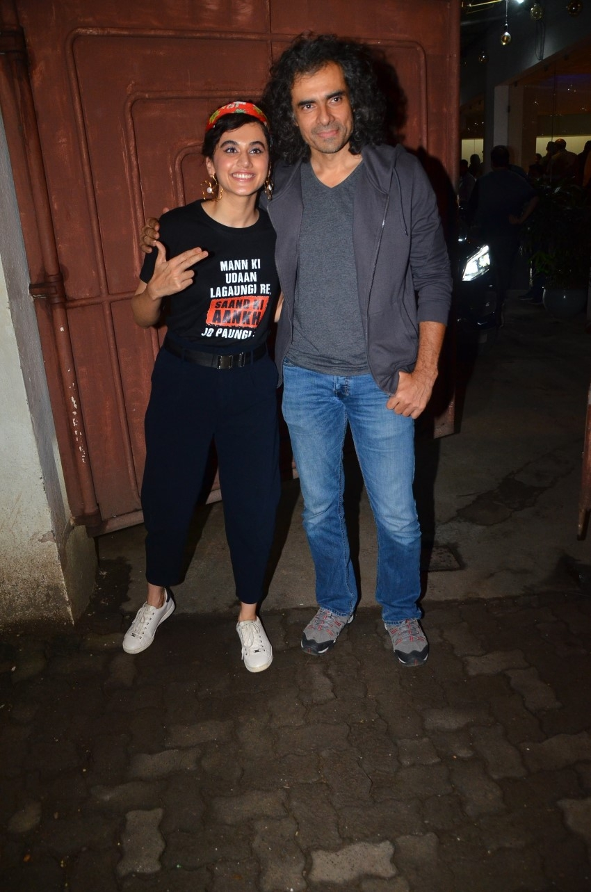 Taapsee Pannu, Bhumi Pednekar & others at special screening of Saand Ki Aankh Photos