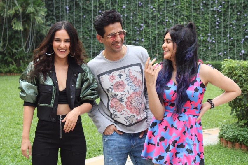Adah Sharma, Gulshan Devaiah & Angira Dhar snapped promoting the film 'Commando 3' Photos