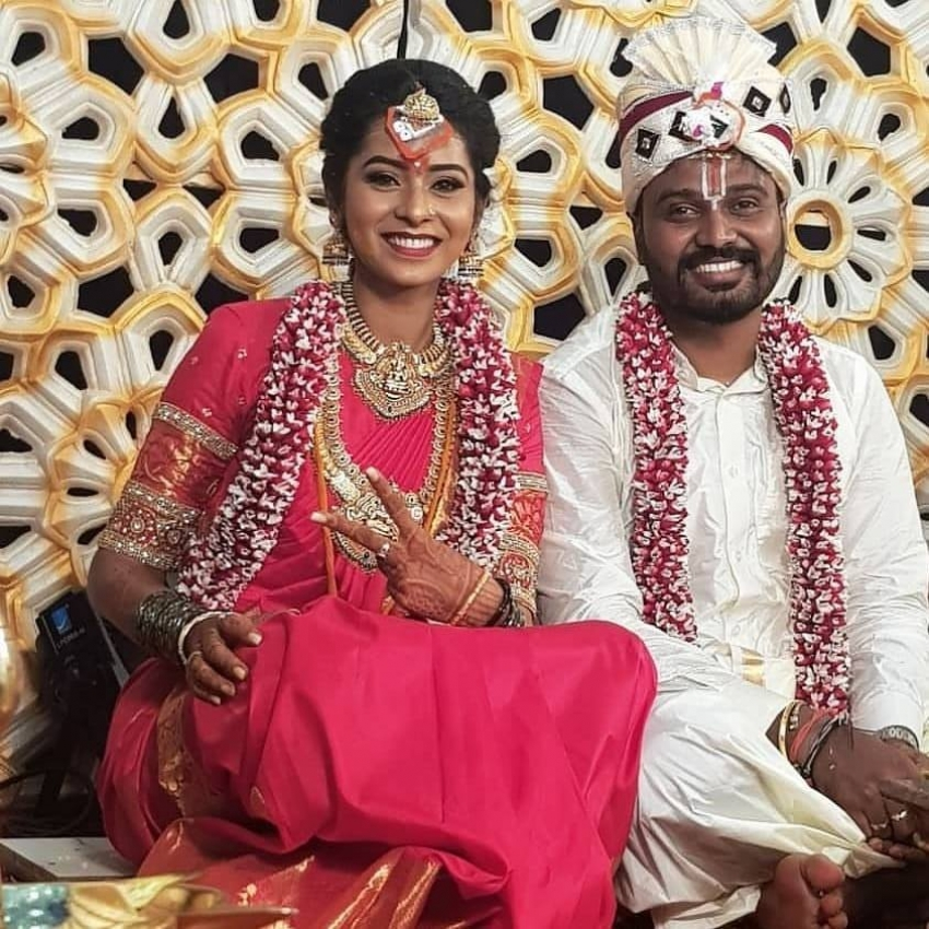 Agnisakshi Fame Ishitha Varsha & Murugananda Marriage Photos