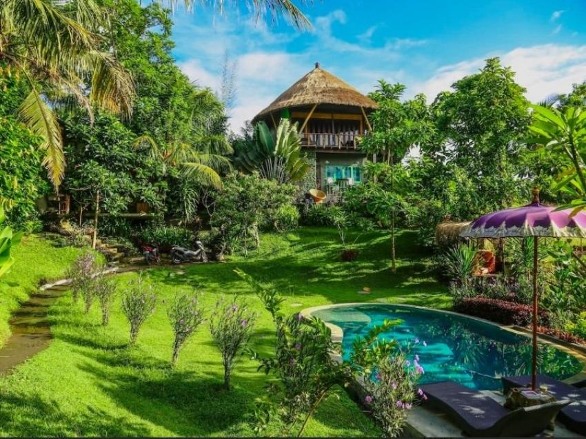 Amala Paul Goes Topless At Bali, Indonesia Photos